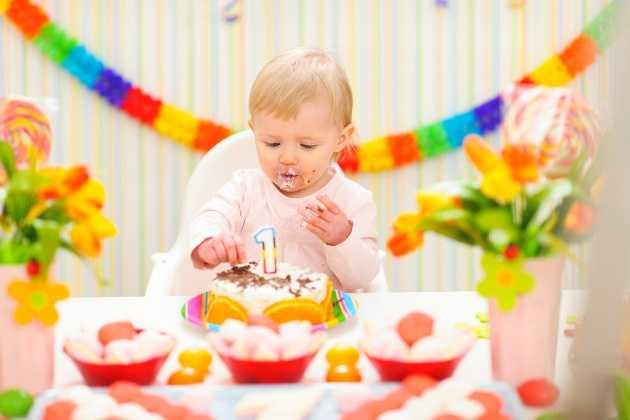 Как отметить день рождения мальчика 1 год?