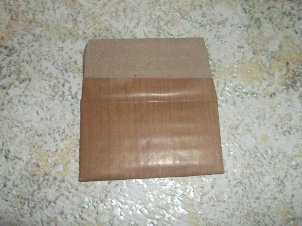 Рамка для фото из шерстяных нитей 16