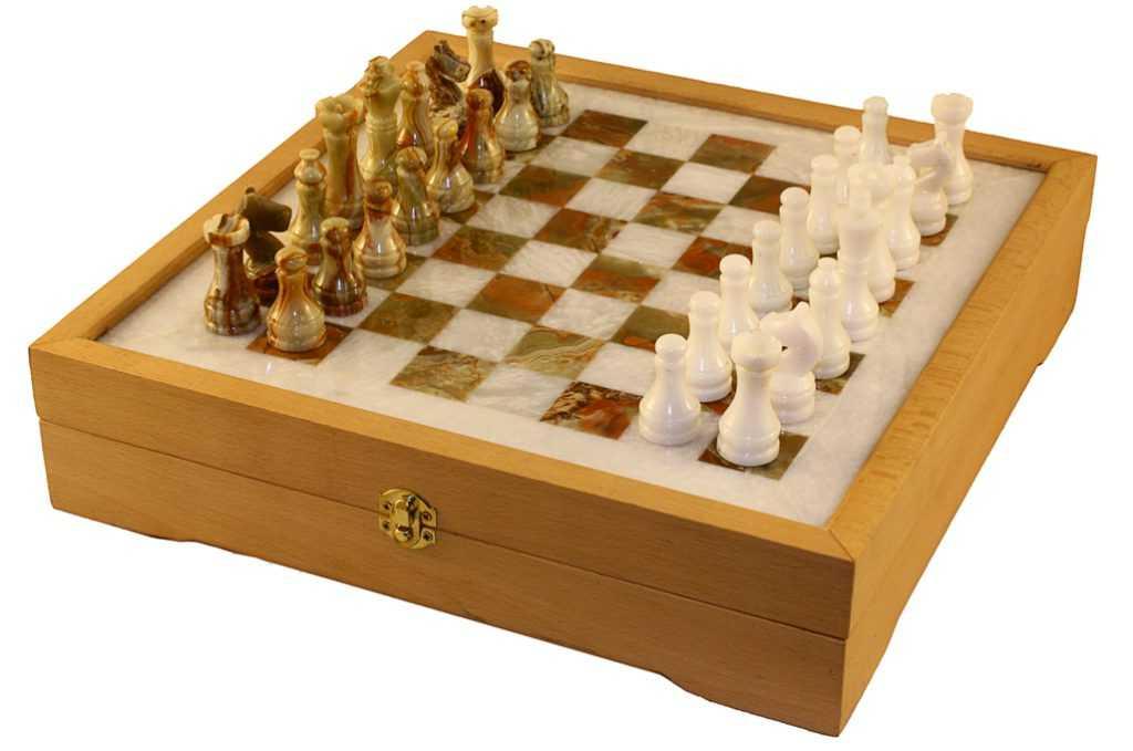 Шахматы оникс
