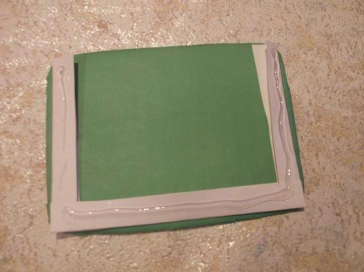 Рамка для фото из капроновой ленты МК 13