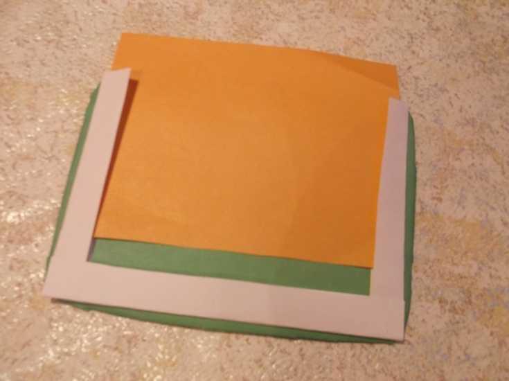Рамка для фото из капроновой ленты МК 7