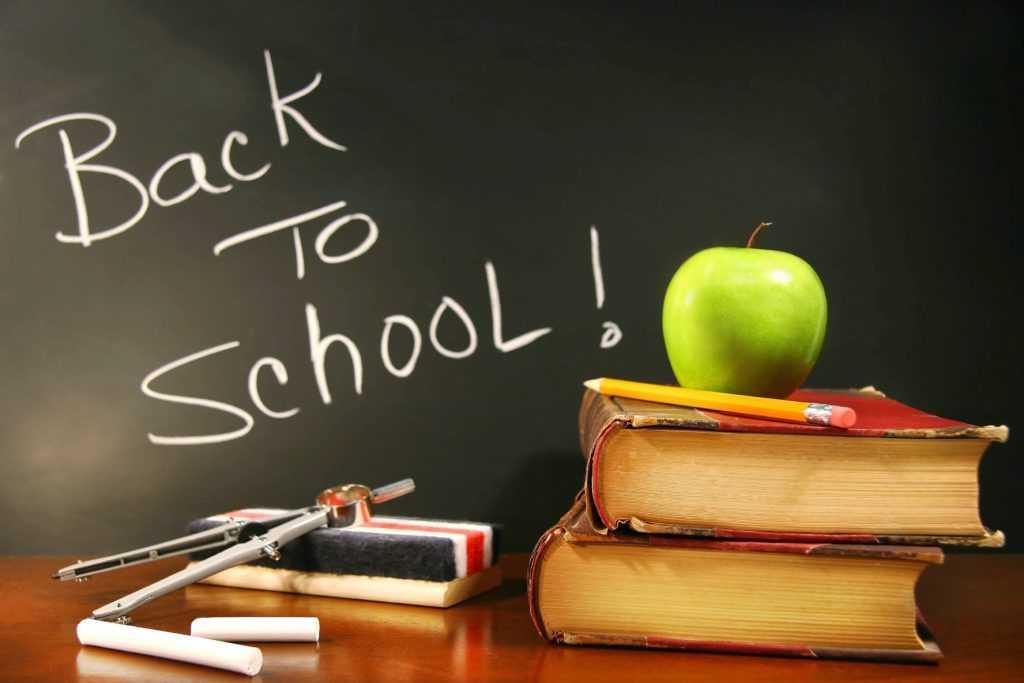 Изображение - Креативное поздравление на день учителя Back-to-school-1024x683