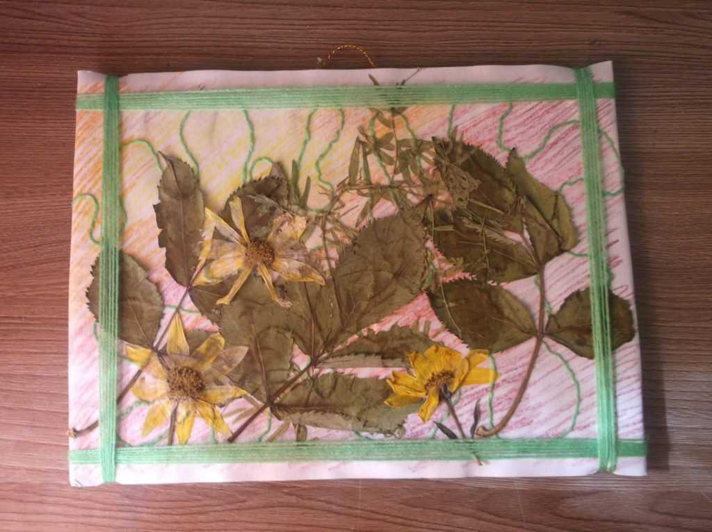 Картина из листьев 15