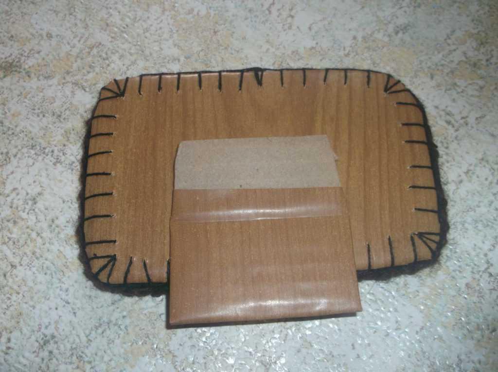 Рамка для фото из шерстяных нитей 17