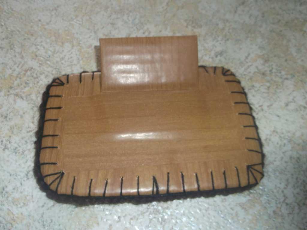 Рамка для фото из шерстяных нитей 18